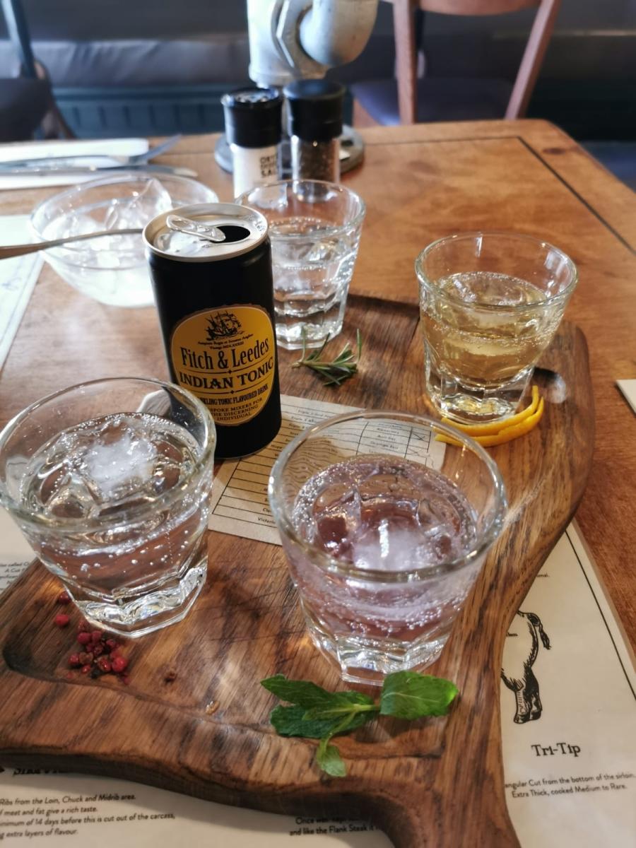 Ginverkostung im Restaurant Char'd